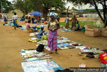 Comércio de rua em Luanda
